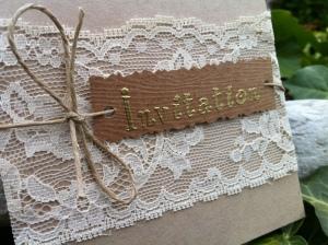 Faire-part de mariage invitation kraft et dentelle