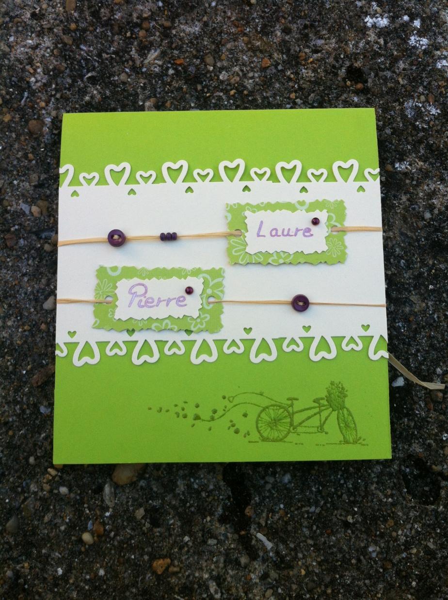 Faire-part de mariage vert anis boutons et perles