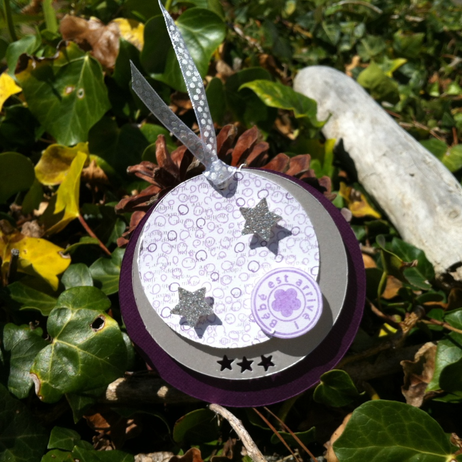 Faire-part rond «violet, mauve et argenté»
