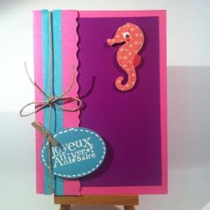 Carte d'enfant anniversaire avec hippocampe rose et violet