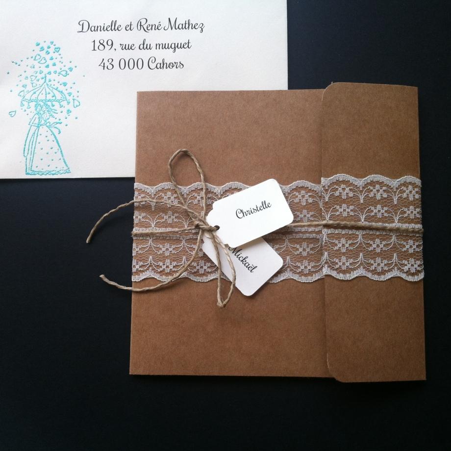 Faire-part invitation mariage kraft et dentelle champêtre chic avec prénoms des mariés, mariage chic et original 4