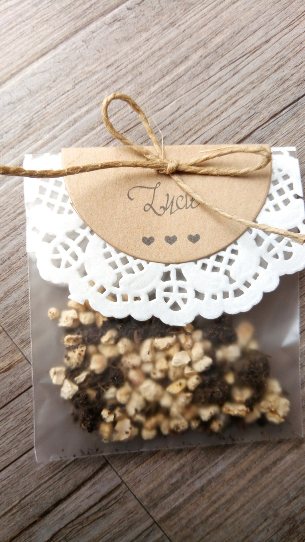Marque-place invités de mariage thème mariage champêtre - sachet de graines 1