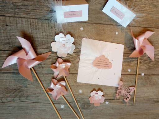 Faire part plume nuage moulin à vents fleurs papillon