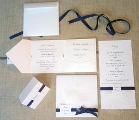 Faire-part épuré minimaliste blanc et bleu nuit 11